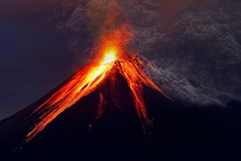 New Estimation of the Height of Mount Tambora before Great Eruption 1815